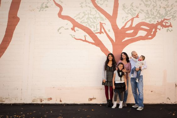 Family photo session in Downtown Albuquerque. Matt Blasing Photography. Albuquerque, New Mexico based Family Photographer. www.mattblasing.com