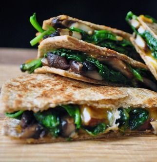 Spinach and mushroom, Quesadillas and Mushrooms on Pinterest