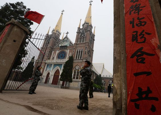 Explosão de perseguição afeta cristãos na China