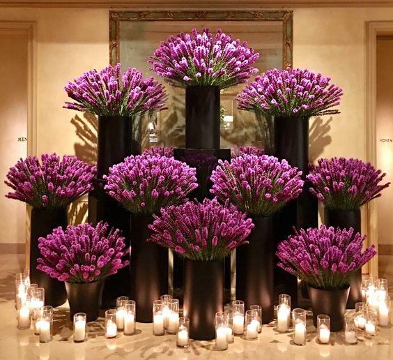 As impressionantes flores de Jeff Leatham no maravilhoso Hotel Four Seasons Beverly Hills em Beverly Hills, estado da Califórnia, USA. Fotografia: Christophe Choo.
