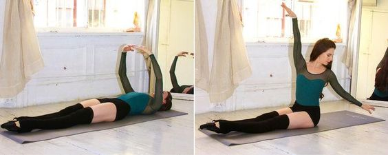 Ballet beautiful workout: Abs and Arms: Roll-Ups With a Twist