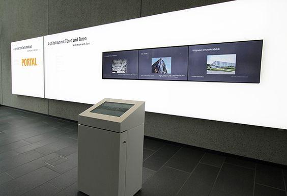 Hörmann Forum: Print inkl. Videowall - angesteuert durch Touch-Terminal (Digital Signage/komma,tec redaction)