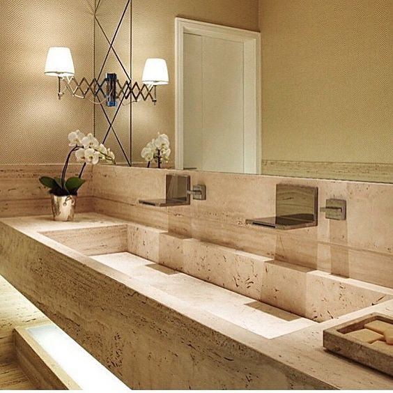 Banheiro l Cuba esculpida no próprio mármore e arandelas fixas no próprio esp -> Tamanho De Uma Cuba Para Banheiro