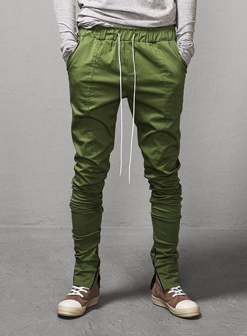Ankle zip pants from Gap are a fashion favorite for a stylish look. Find pants in the latest designs and the hottest colors of the season.