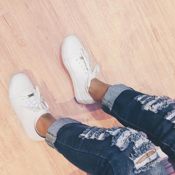 tênis branco - destroyed - Instagram @paulineemarques