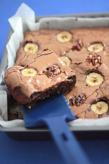 BROWNIE CHOCOLAT BANANE NOIX OU LE BROWNIE QUI DÉCHIRE