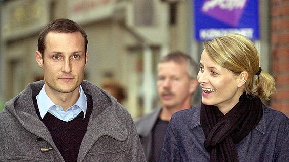Crown Prince Haakon and his girlfriend Mette-Marit Tjessem Höiby walk on…