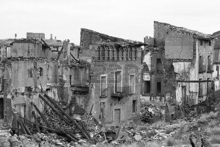 el antiguo monumento de Belchite en Aragón Foto de archivo