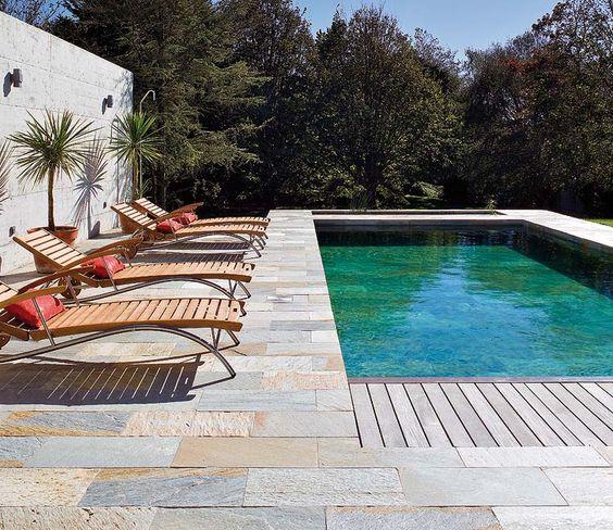 Zona de piscinas terrazas y jardines micasa revista de decoraci n splash pinterest - Decoracion de piscinas ...