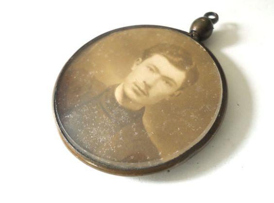 Antique photo pendant  Victorian locket holder by LizKnijnenburg