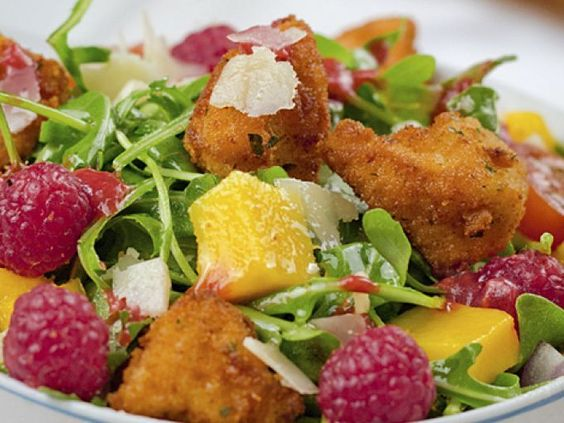 Receta Entrante : Ensalada de pollo con vinagreta de frambuesa por Juanjosg