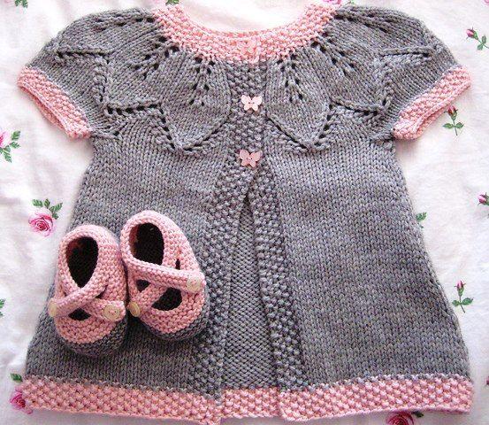 Kız Bebek Yelek Ve Patik Modeli