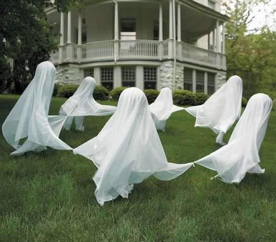 ghosts in the front yard, halloween