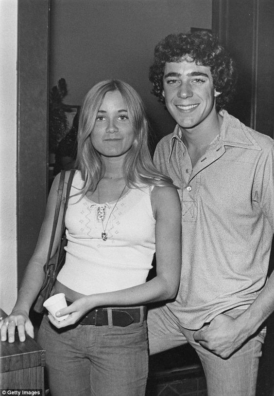 Maureen McCormick and Barry Williams of The Brady Bunch