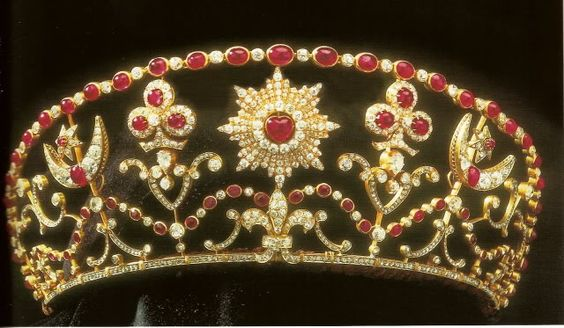 Milford/Haven Bolin Tiara, which belonged to Nadejda Mountbatten, Marchioness of Milford Haven nee Nadejda Mikhailovna, Countess of Torby.