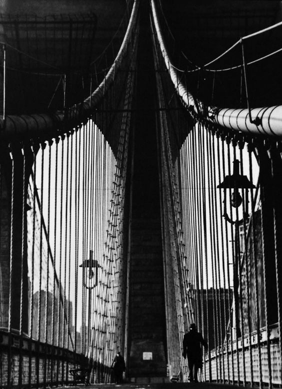 NYC. Brooklyn Brigde in the Sixties. // Horst Schaefer.