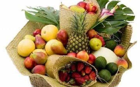6 tipi di frutta per combattere le malattie L'estate è alle porte e complice il caldo possiamo rinfrescarci con della bella frutta di stagione. frutta salute benefici malattie