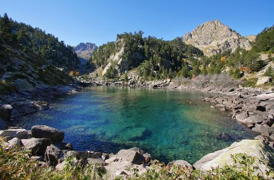 Lago Gerber en el parque Nacional de Aigüestortes i Estany de Sant Mauric, Lleida