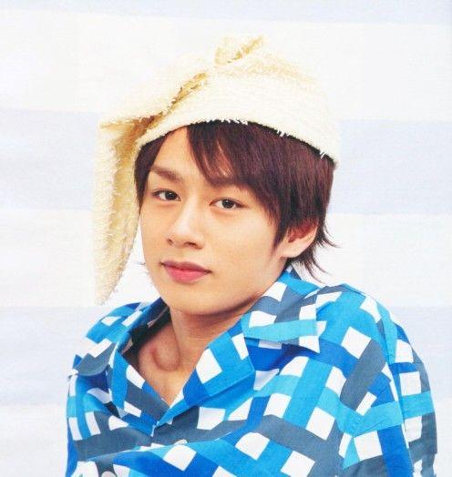 中丸雄一パジャマに可愛い帽子被ってかっこよく決める画像