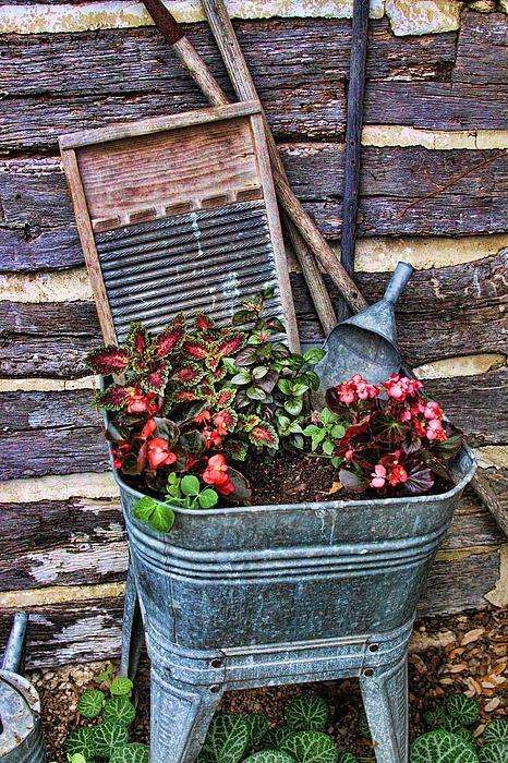 Wash tub planter. Love this!