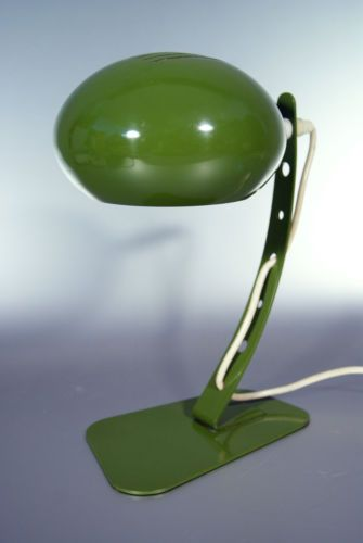 Stylische-70s-Space-Age-Schreibtischlampe-Graewe-4558-Lampe-Panton-Poulson-Ara