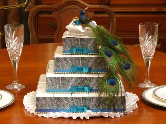 How many peacocks did you have to kill to get this cake? (I'm kidding, I love this cake.): Handmade Wedding Favors, Wedding Cakes, Bridal Shower, Cake Boxes, Peacock Wedding Favors, Wedding Favor Boxes, Boxes Centerpiece, Baby Shower