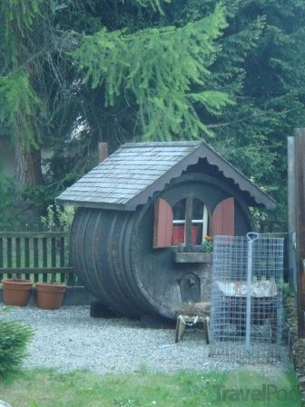cool rabbit hutches | 19 Very Cool Rabbit Hutch by TravelPod Member Scootergal
