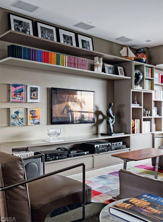 Salas lindas para reunir os amigos cozinhar e conversar for Sala de estar television