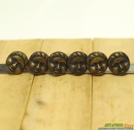 "Lot of 6 pcs Vintage Solid Brass Nuts and Screw  ITEM DESCRIPTION :.  Lot of 6 pcs Vintage Solid Brass Nuts and Screw Traditional Woman Mature Mother Face Nail Decor.  ▪ Total item on sale offer : 6 pcs nails. ▪ Condition : UNUSED. ▪ Material : SOLID BRASS. ▪ Measurement : dimensions : Ø 1.18"" Inches (Ø30mm) X Long Nail : 1.25"" Inches(32mm) , Weight : 14 gram[s]/pcs. by ArtsofBrass, $18.50"