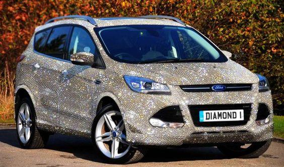 Concessionária Ford da Inglaterra vende carro com 1 milhão de cristais +http://brml.co/1DyJRpM