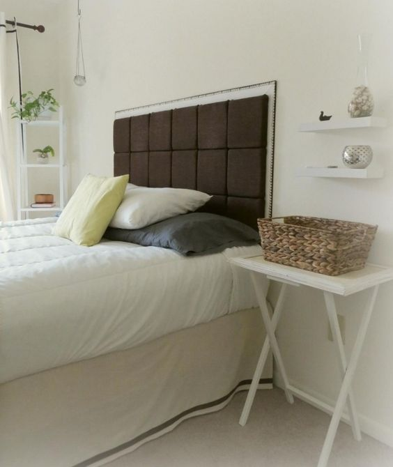 chambre zen blanche avec accents d'inspiration nature