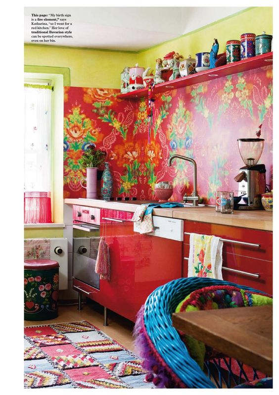 Beautiful bright color kitchen to wake up to! Katharina Wormann - kitchen:
