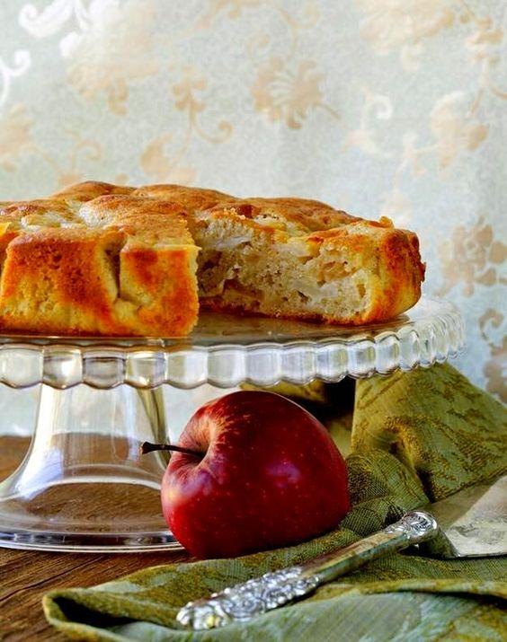 Υλικά  Γέμιση  7 μήλα  3 κουταλιές σούπας κανέλα τριμμένη  1 φλυτζάνι του καφέ κονιάκ  7 κουταλιές σούπας ζάχαρη ΄άσπρη ,η μαύ...: