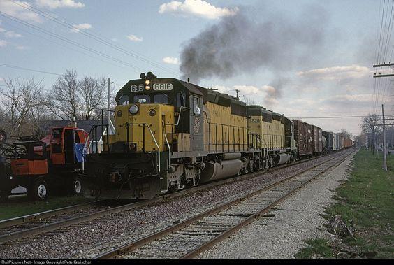 RailPictures.Net Photo: CNW 6816 Chicago & North Western Railroad EMD SD40-2 at Oshkosh, Wisconsin by Pete Greischar