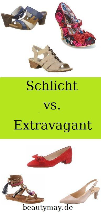 Diese Schuhe für den Sommer sollte jede Frau besitzen  Für die modisch Extrovertierten gibt es im Schuhbereich auf jeden Fall einen riesigen Spielplatz, auf dem sie sich austoben können. Ob mit Details wie Fransen, Schleifen, wild gemusterte oder knallige Exemplare: Wer seine Schuhe in den Mittelpunkt stellen möchte, sollte es in Sachen Outfit ein wenig ruhiger angehen lassen, damit der Fokus ganz klar auf die Füße geht. Wer sein Schuhwerk eher dezent halten möchte, kann dafür im Styling...