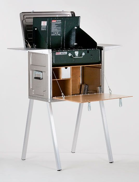 Kanz outdoors | Field Kitchen K120 - The Field Kitchen is a container which stores a camping stove and cookware. It provides also a working platform. Together with the Field Pantry and available accessories, like an Ice box it can be transformed into a complete kitchen system.