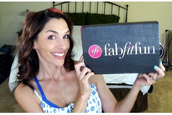 FabFitFun Summer 2014 Unboxing, First Impressions, Reviews