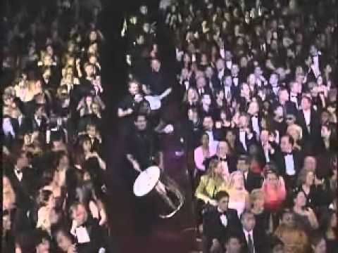 Ricky Martin - The Cup Of Life (Live Grammy Music Awards).mp4