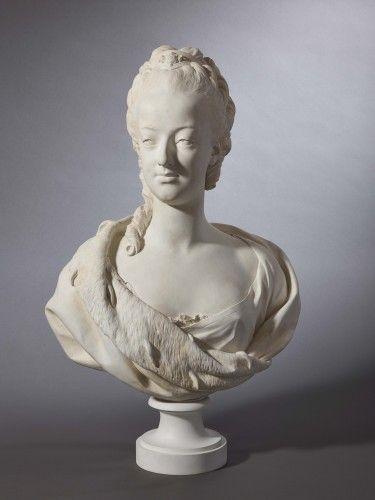 'Marie-Antoinette'. Manufacture royale de Sèvres d'après Louis-Simon Boizot 1743-1809 (C) Château de Versailles