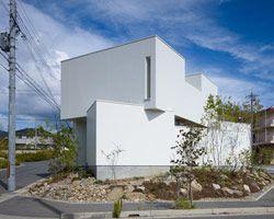 fujiwaramuro architects: house in minoh, japan
