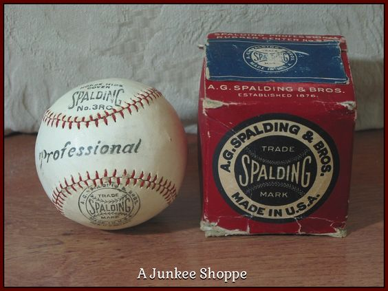 SPALDING 1915 Professional Baseball Horse Hide Number 3RC Rubber Center Junk 982  http://ajunkeeshoppe.blogspot.com/