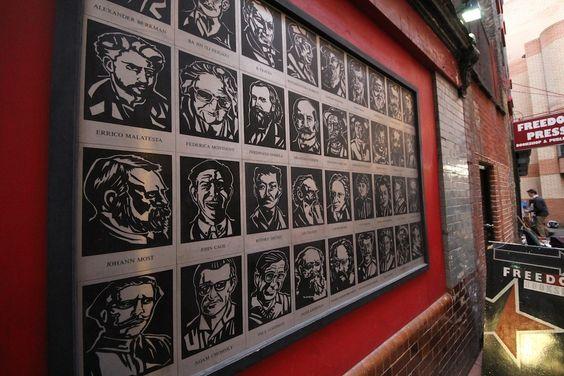¿Quién prendió fuego a la librería anarquista más antigua de Londres? | VICE México