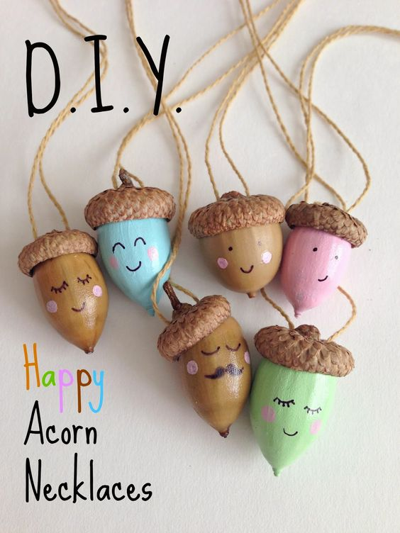 Go outside to hunt for acorns and then turn them into adorable necklaces!: