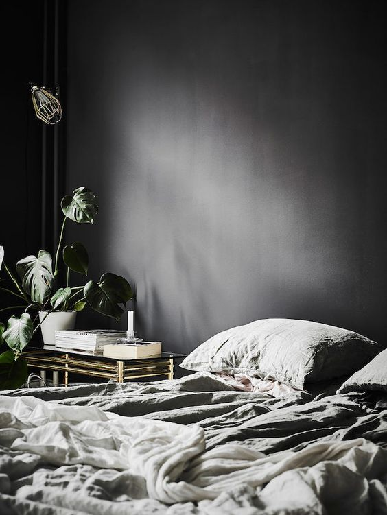 my scandinavian home: A dramatic Swedish space with black walls: