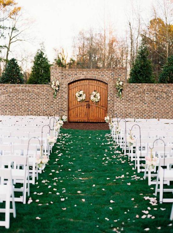 wedding ceremony idea;  photo: Graham Terhune