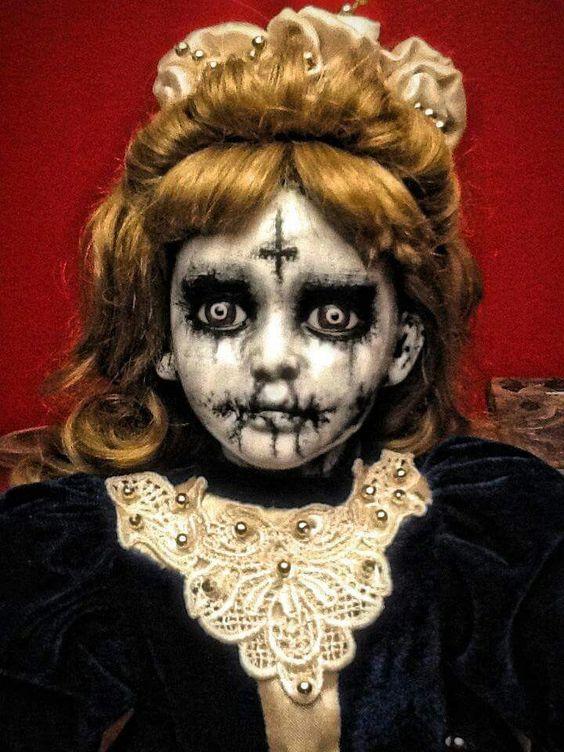 Horror doll: