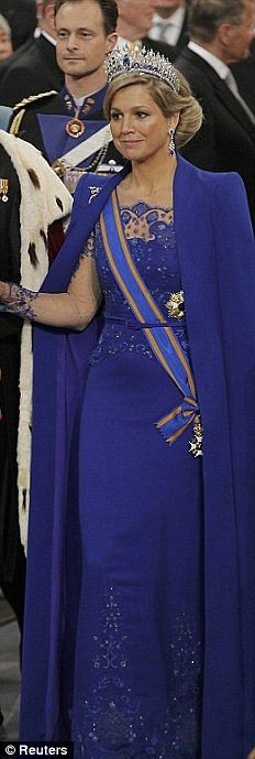 Queen Maxima of the Netherlands in a #GG from Jan Taminiau ... Fantastic coronation dress (30 april 2013)