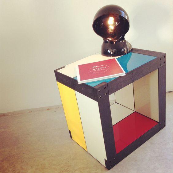 Table de #chevet hommage à #Mondrian par #fabulem