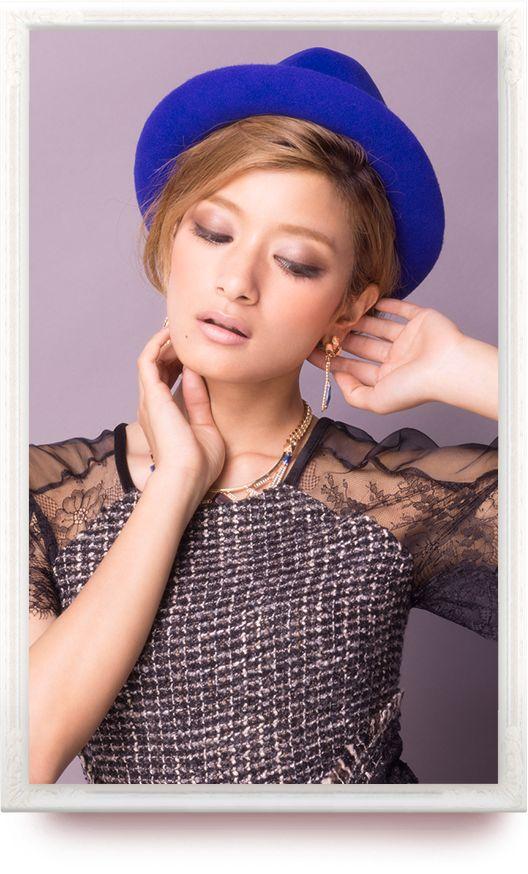 青色帽子のローラ