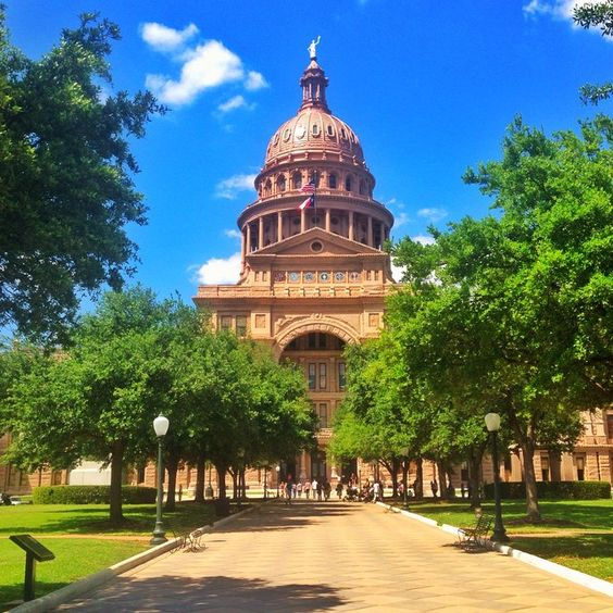 Exploring my new city. One of the most beautiful state capital buildings in the USA... Love those blue skies in Texas.